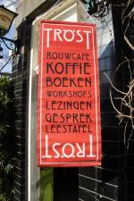 Bakkie troost in café Averechts